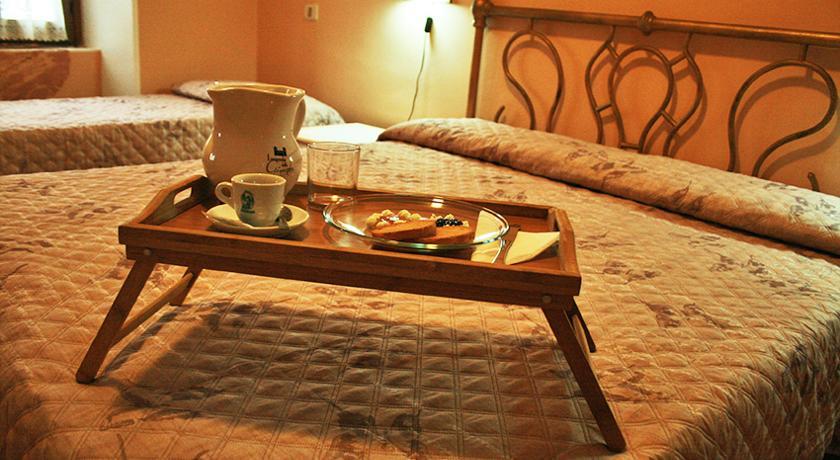 Camera con prima colazione ideale per coppie