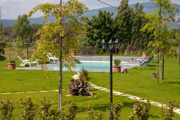 Piscina casa vacanze a Cortona ideale per relax