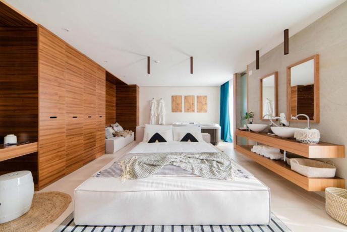Luxury Suite con vasca idromassaggio hotel4stelle Baia-Domizia