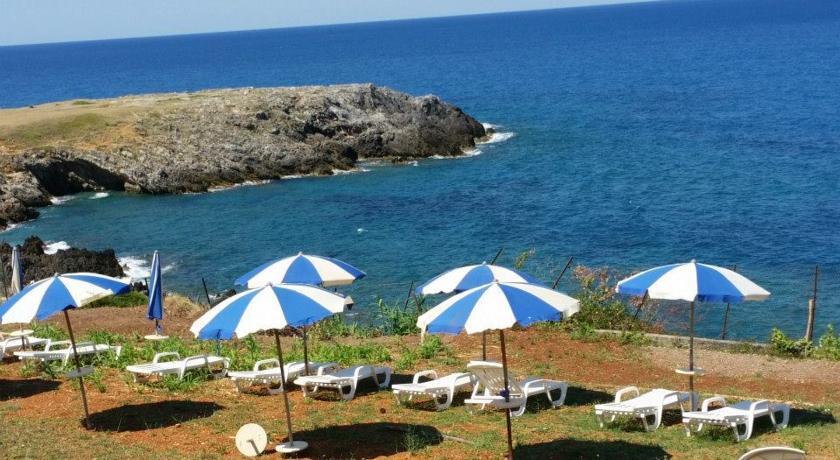spiaggia attrezzata dell'hotel vicino Cosenza