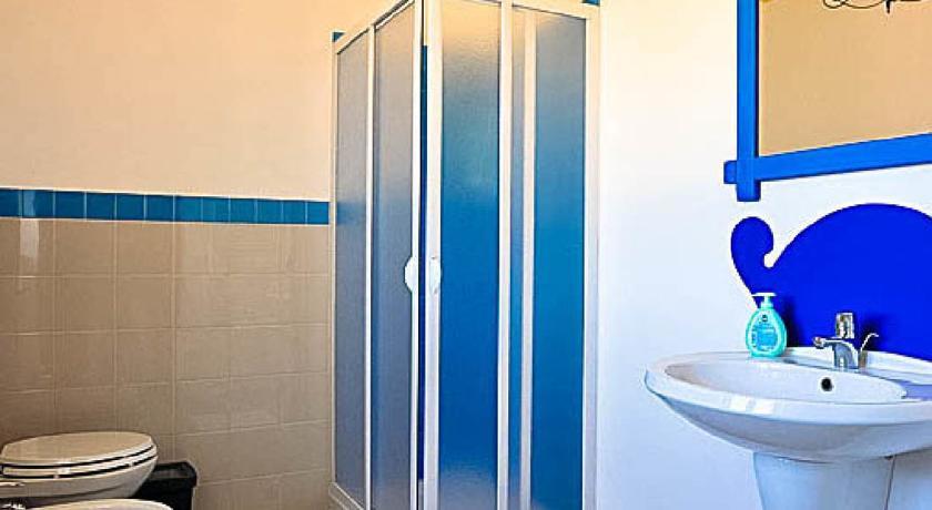 Bagno in Camera Masseria con Piscina