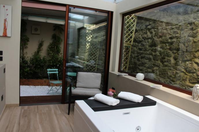 Vasca idromassaggio riscaldata resort Perugia