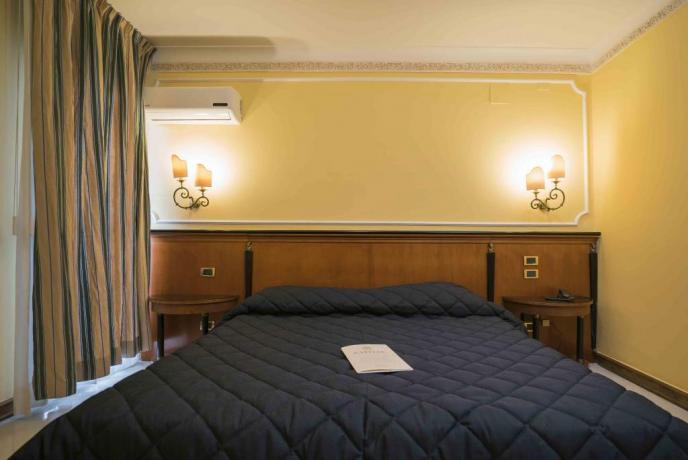Hotel a Salerno con Camera Matrimoniale romantica