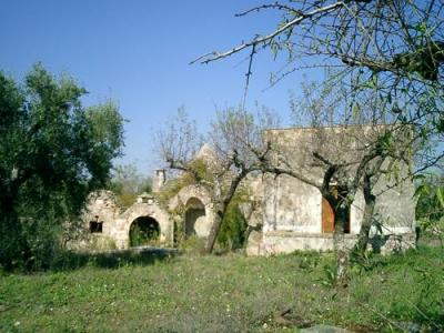 Rent your own Trulli holiday-house, Castellana