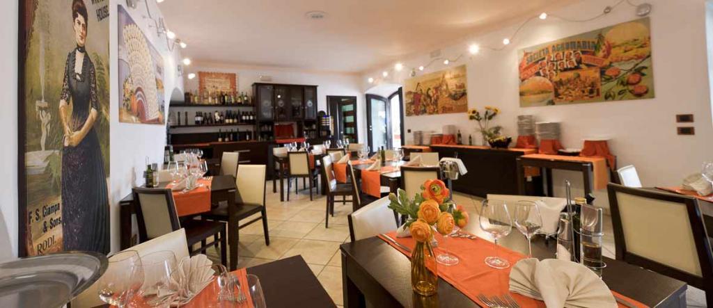 Hotel con Ristorante vicino al Mare di Rodi