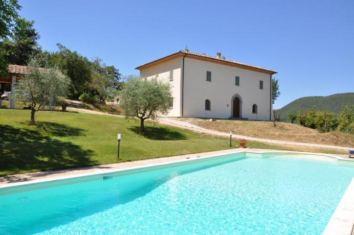Villa in affitto in Umbria