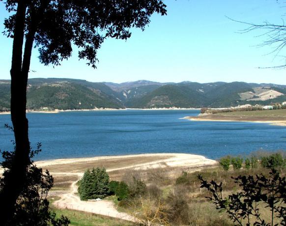 Relais con Vista sul Lago di Corbara