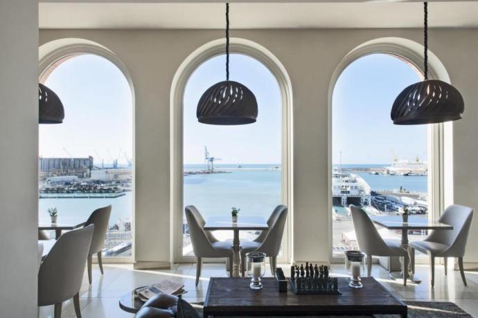 Hotel al porto di Ancona Ristorante fronte mare