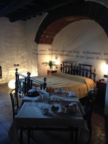 Romantica Suite Sup. con Vasca Idromassaggio-angolare