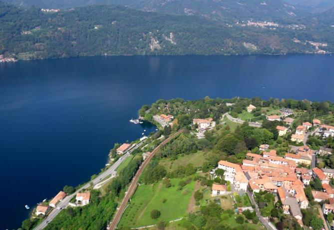 Vista panoramica dall'alto Lago d'Orta