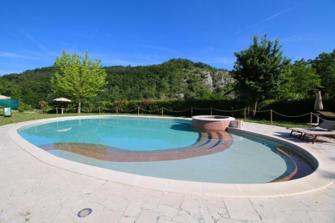 Appartamenti Vacanza Pesaro-Urbino: Piscina