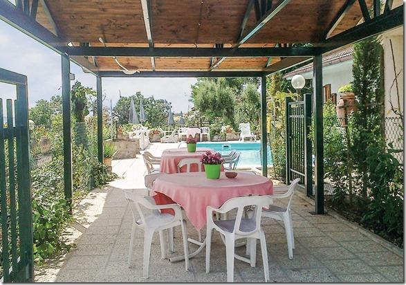 Residenza Podere casa-vacanze 7persone giardino piscina Magione-Perugia