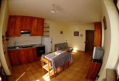 Angolo cottura attrezzato in appartamento a Gubbio