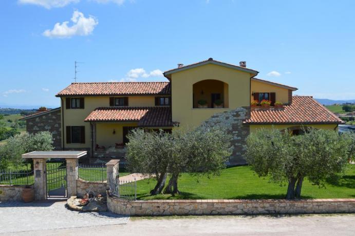 B&B Gli Olivi immersa nel verde in Umbria