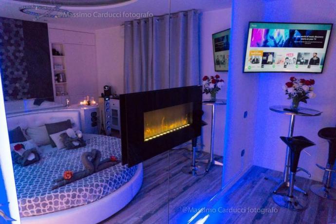 Suite Romantica con idromassaggio e caminetto