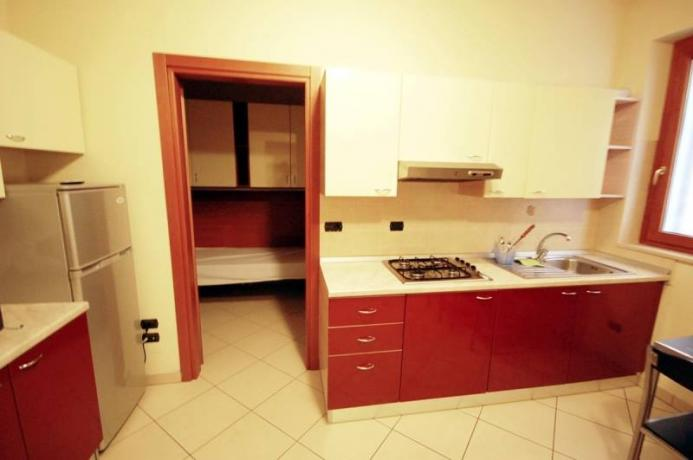 camera con cucina a 50m dal mare