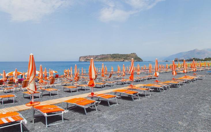 In Calabria Villaggio con Spiaggia Privata