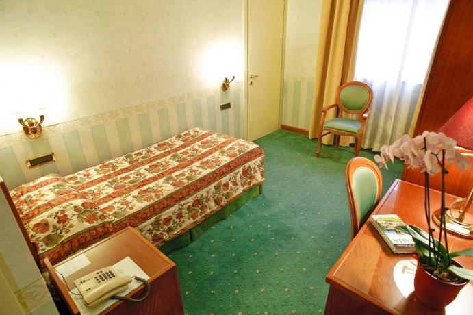 Camera singola con aria condizionata