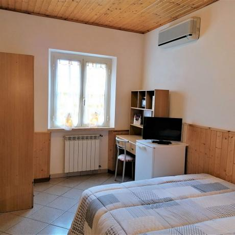Camera economica con aria-condizionata tv a Manciano-Grosseto