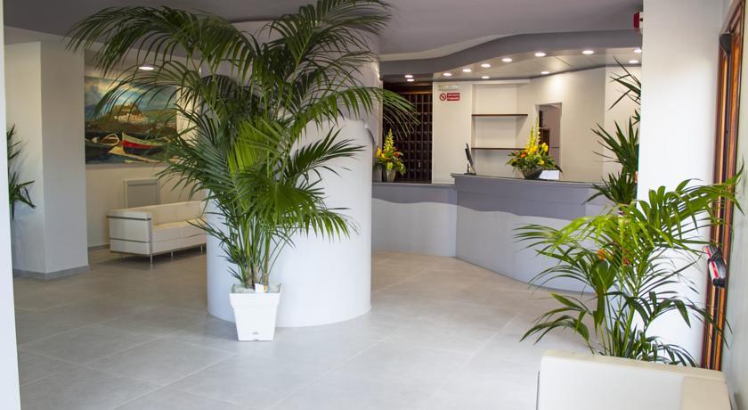 Hotel con Spiaggia Animali Ammessi a Castelsardo
