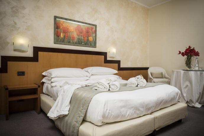 Servizio in camera superior in albergo elité Avezzano