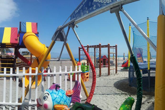 Giochi per Bambini in Spiaggia a Loano