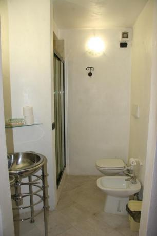 Bagno appartamento Bianco relais Calenzano vicino Prato