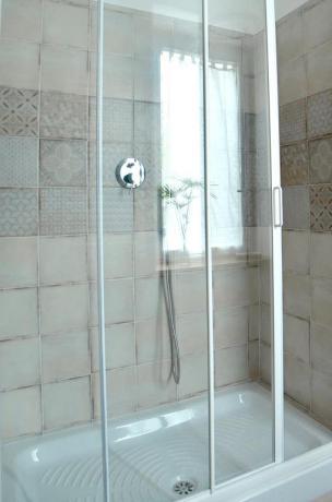Doccia nel bagno affittacamere a Genzano di Roma