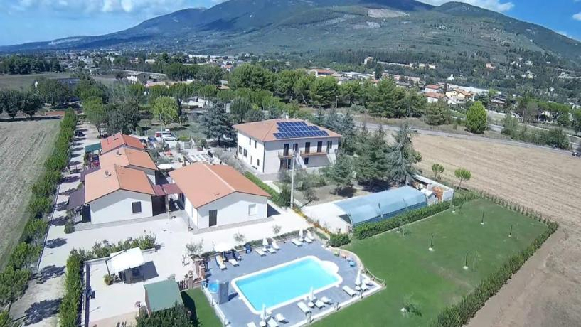 spello-casavacanza-residence-piscina-ariacondizionata-ilpetalo