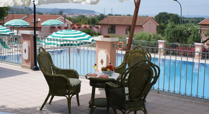 hotel-ristorante-benessere-piscina-costa-maratea