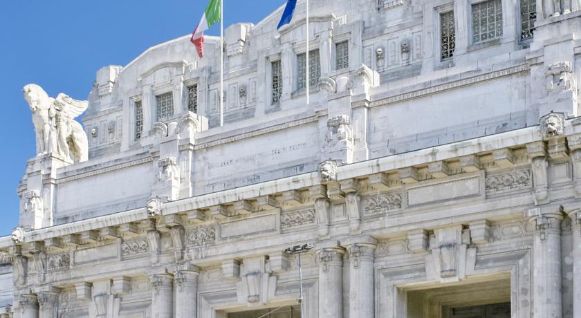 Stazione Centrale di Milano vicino all'Hotel