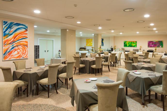 Monti della Sila in Calabria, hotel ristorante, piscina