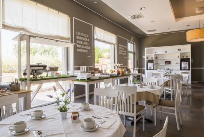 Sala colazioni grand hotel del Golfo Manfredonia