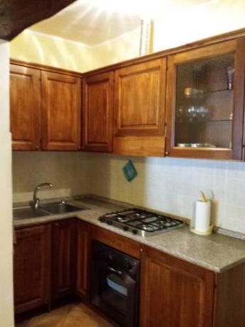 Cucina attrezzata con Forno-Lavastoviglie-Riscaldamento a Bettona