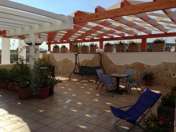 Terrazza con zona relax in BB a Lecce