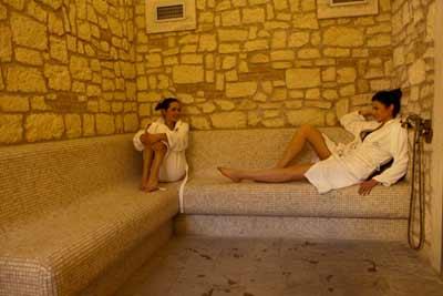 Castello SPA (Idroterapie-Percorso Romano-Zona Relax)