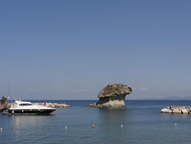 Vista mare nell'Isola di Ischia