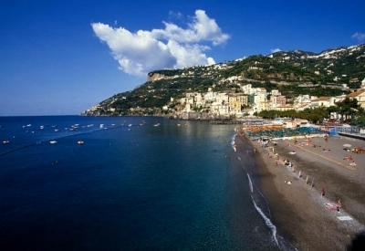 Private beaches or cliffs, Sorrento coast