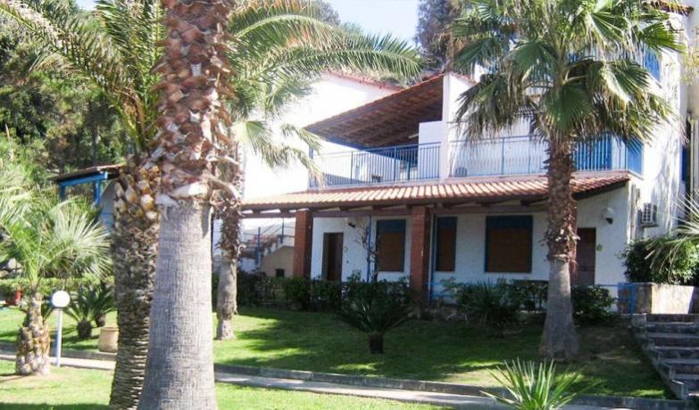 Villini/camere/appartamenti direttamente sul mare nel Cilento