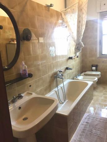 2 bagni privati in Villa Vacanza sul Gargano