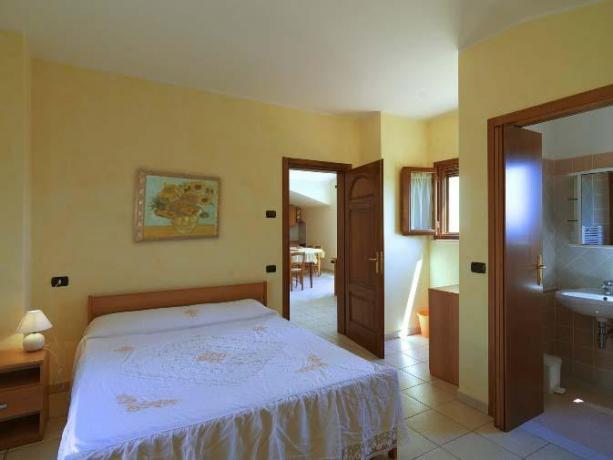 Camera Matrimoniale vicino a Perugia con Bagno Privato