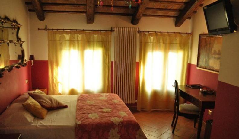Ampia Camera Matrimoniale Superior