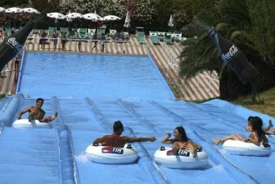 Last Minute Hotels near Beach Village Water-park