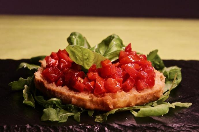 Antipastino in ristornate interno albergo 4 stelle Abruzzo