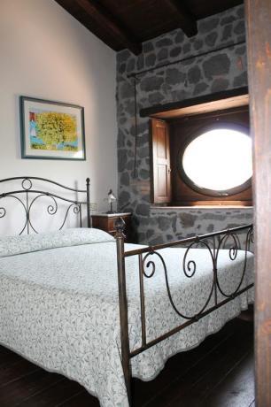 Camera matrimoniale agriturismo Adrano vicino Parco Etna