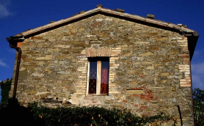 Facciata casale Monestevole vicino Umbertide