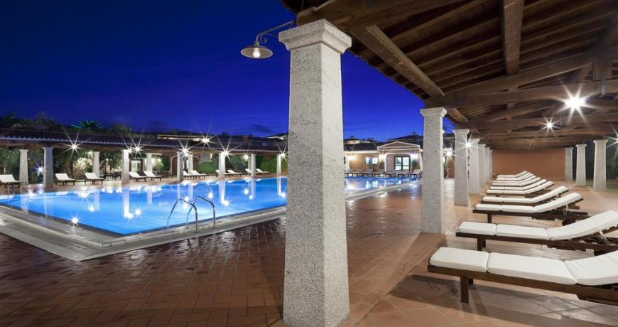 Resort**** con Piscina a Orosei in Sardegna
