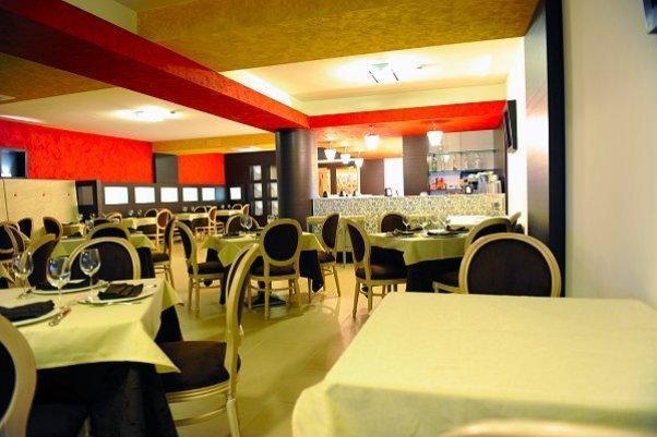 Sala ristorante albergo a Diamante