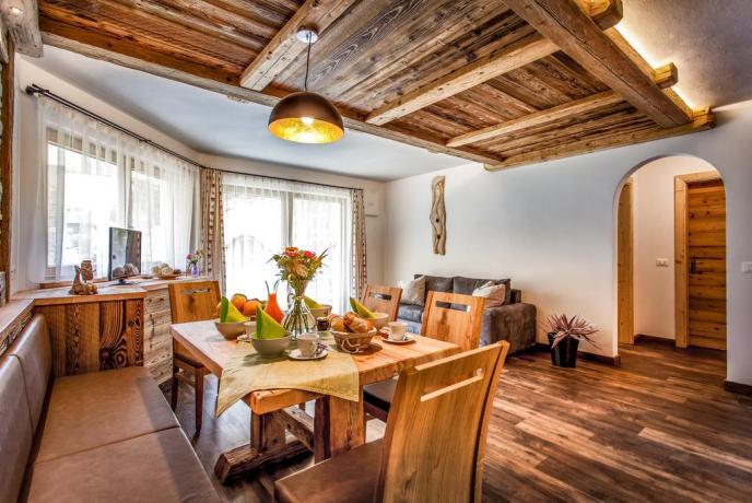 Appartamenti con elegante e ampio salone a S.Vigilio