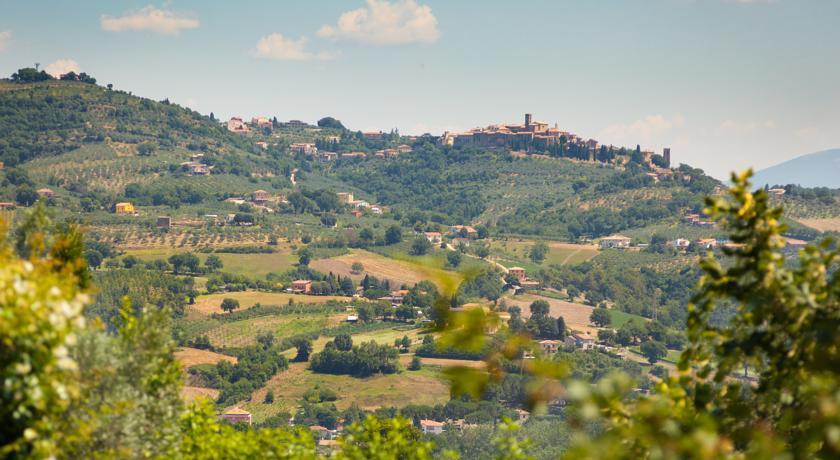 Bellissima vista sulle colline Umbre